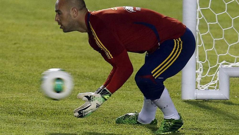 Pepe Reina en un entrenamiento de la selección
