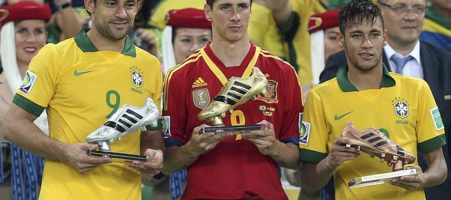 Fernando Torres junto a Neymar y Fred