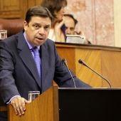 El consejero de Agricultura, Pesca y Medio Ambiente, Luis Planas