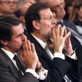 Aznar y Rajoy durante la entrega del Premio FAES a la Libertad
