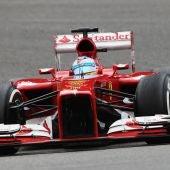 Alonso rueda con el F138