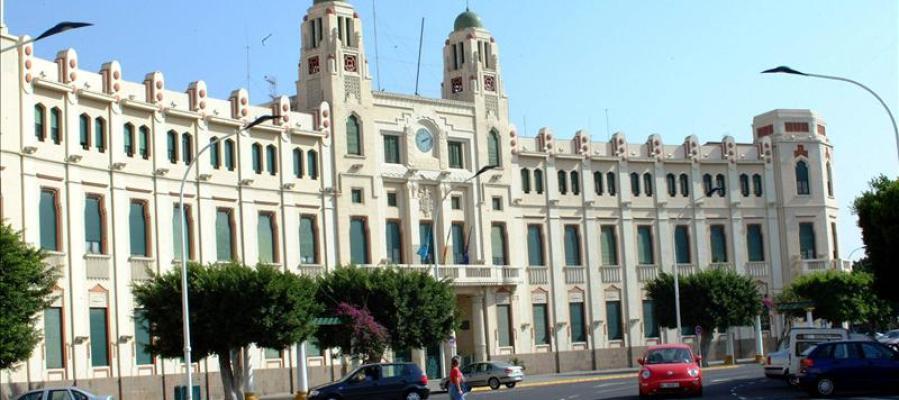 Palacio de la Asamblea, situado en la Plaza de España de Melilla.