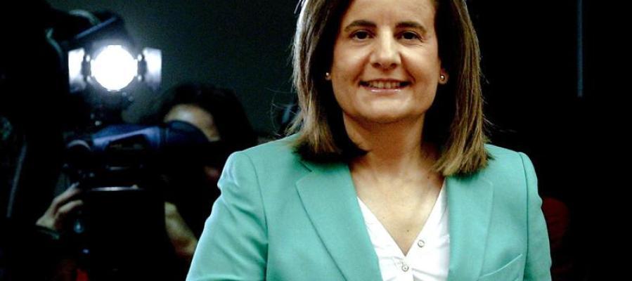 Fátima Báñez antes de la comparecencia