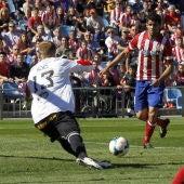 Diego Costa bate a Yoel