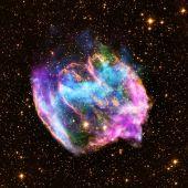 En ocasiones, los agujeros negros surgen de explosiones de supernovas como esta