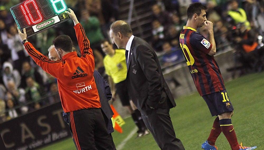 Messi se lesiona en Sevilla