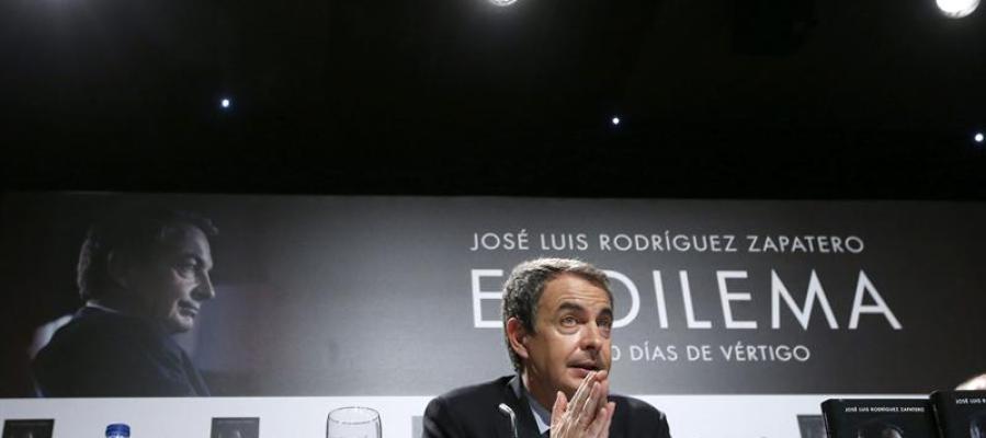 """Zapatero en la presentación de su libro  """"El dilema""""."""