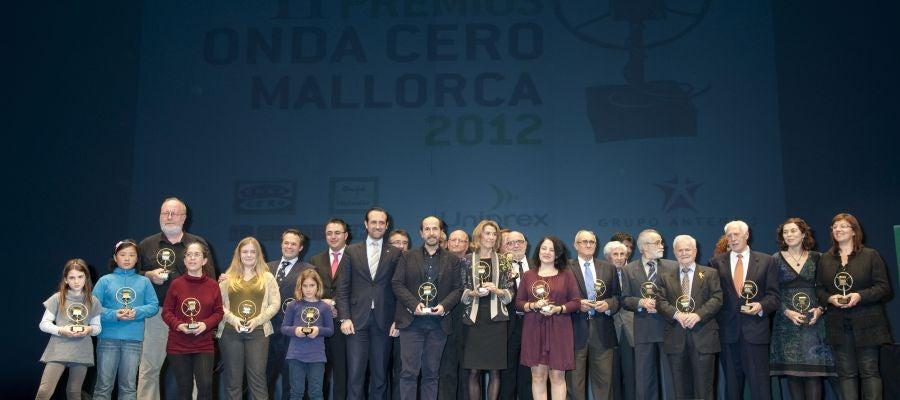 Foto de Familia con los Premiados en los Premios de 2012