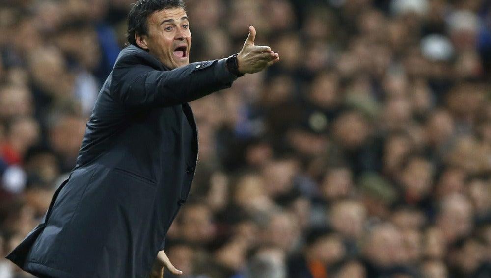 Luis Enrique, en la banda del Bernabéu