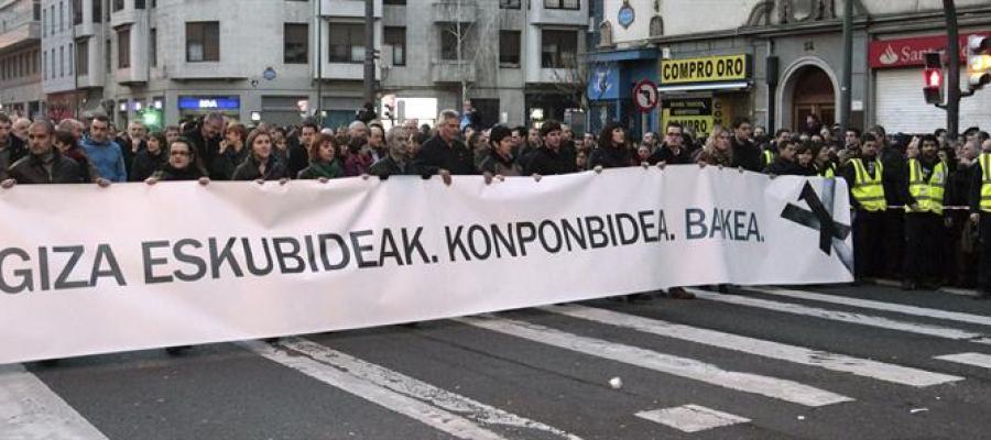 Cabecera de la manifestación silenciosa celebrada en Bilbao