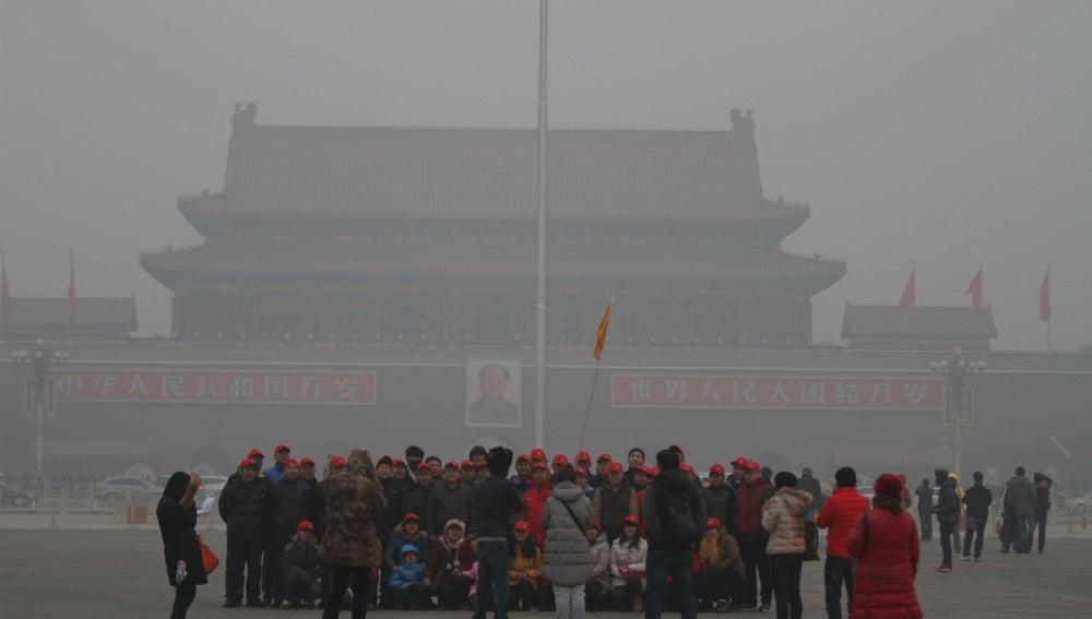 Polución sobre la Plaza de Tiananmen