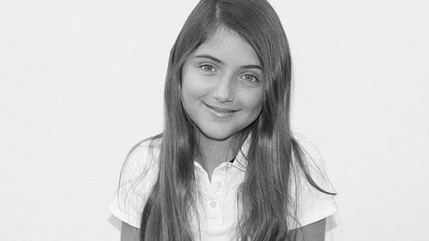 La historia de Lucía, la niña con Distrofia Simpático Refleja a la que le limitan la posibilidad de estudiar