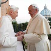 Encuentro entre el Papa Emérito Benedicto XVI y el Papa Francisco