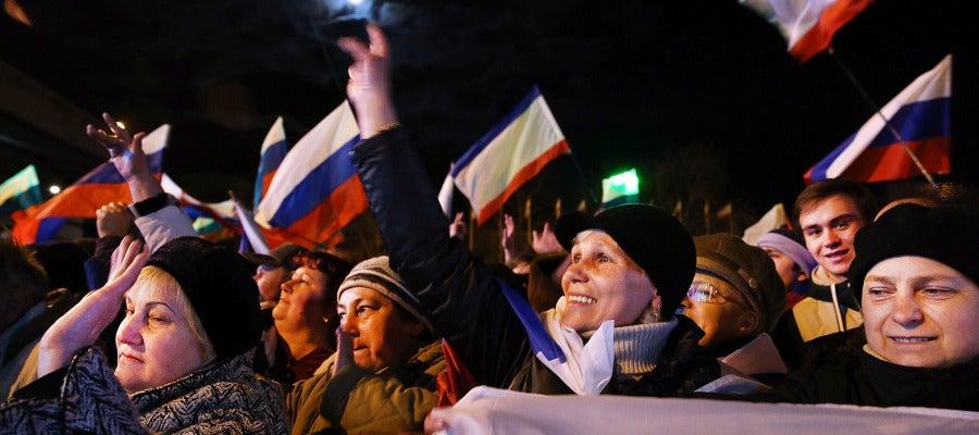 Crimea celebra su próxima anexión a Rusia