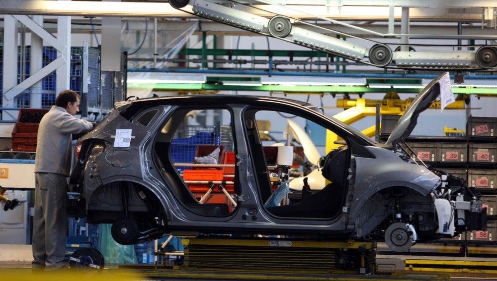 Linea de montaje del Renault Captur en Valladolid