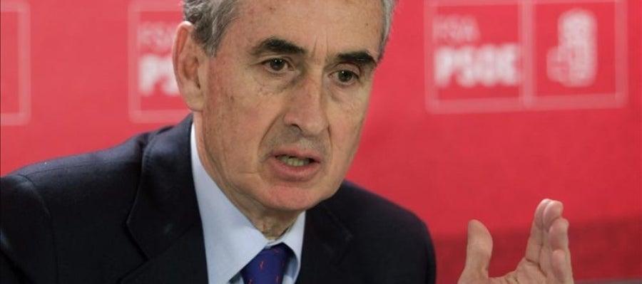 El portavoz del PSOE en la Comisión Constitucional del Congreso, Ramón Jáuregui