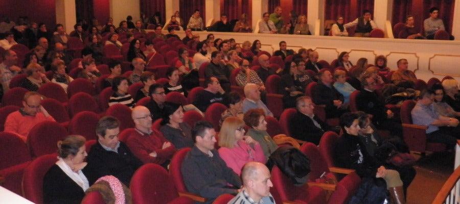 Público de La Brújua desde el Teatro Ideal d calahorra