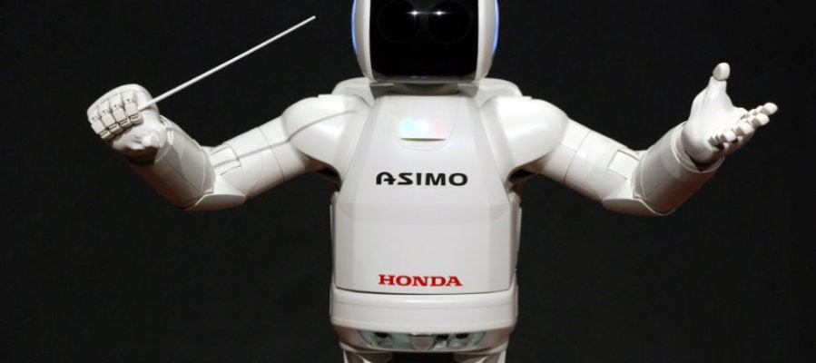 Asimo, uno de los robots más famosos, anuncia la llegada de la robótica y la inteligencia artificial.