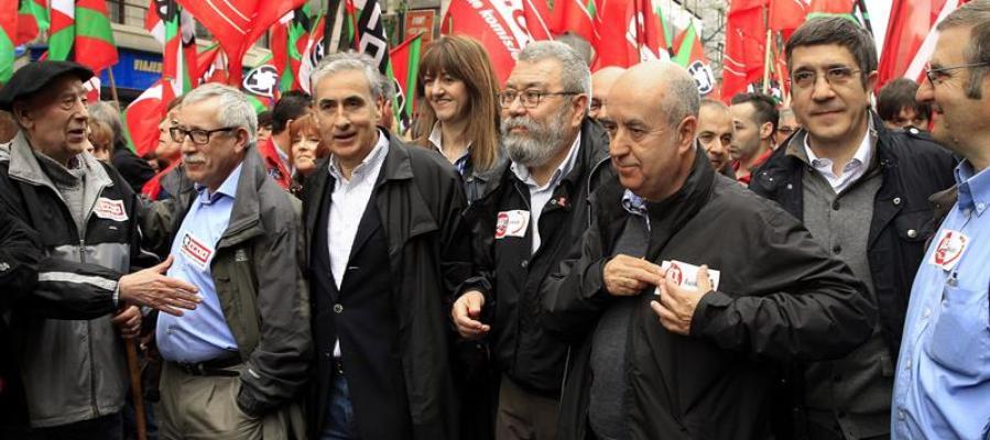 Ignacio Fernández Toxo y Cándido Méndez, durante la manifestación central del Primero de Mayo