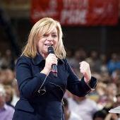 Elena Valenciano durante un acto electoral en el pabellón de deportes de San Basilio, en Murcia