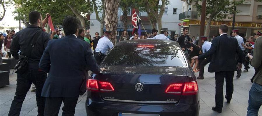 Montoro en el ataque que sufrió el coche en el que viajaba con Sánchez-Camacho