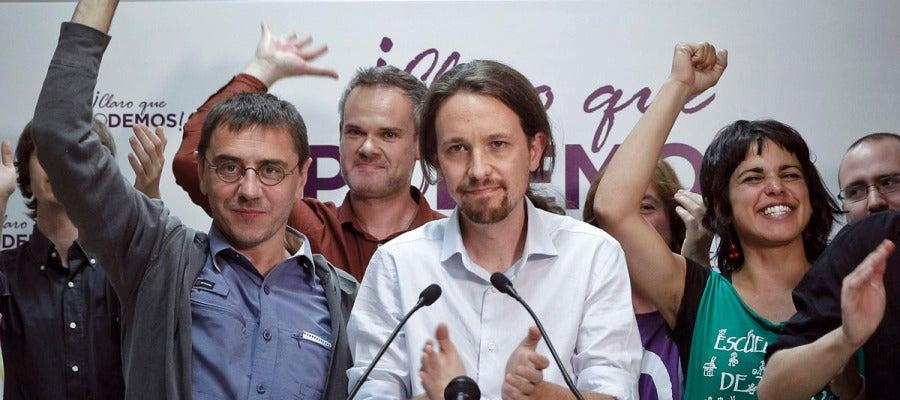 Pablo Iglesias, junto a Juan Carlos Monedero y Teresa Rodríguez