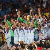 Lahm levanta la Copa del Mundo en Maracaná