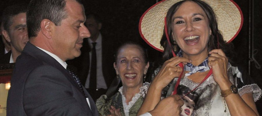 Isabel Gemio recibe el premio Vendimiadora del año