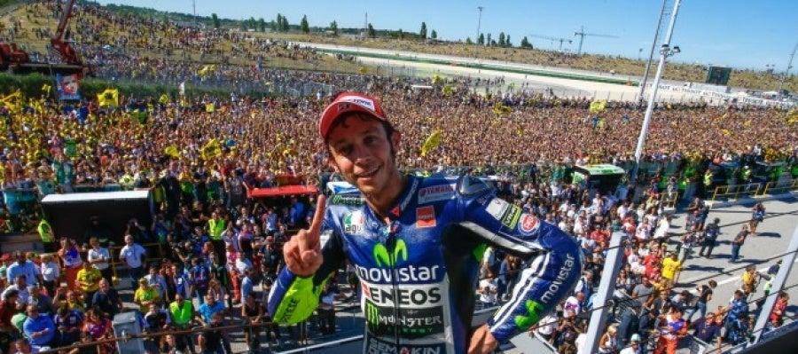 Valentino Rossi tras vencer en el GP de San Marino