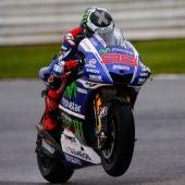 Jorge Lorenzo logra la victoria en Motorland