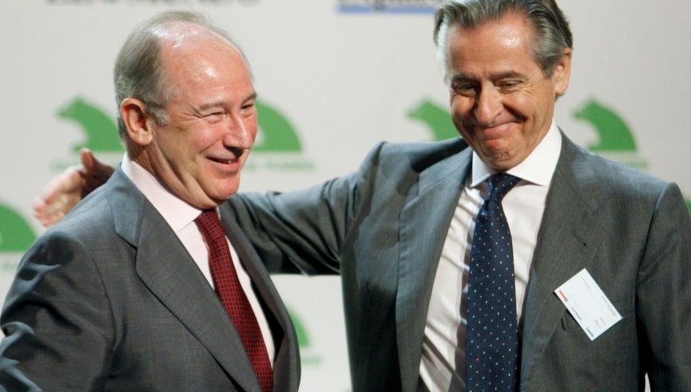 Los expresidentes de Caja Madrid, Miguel Blesa (dcha) y Rodrigo Rato