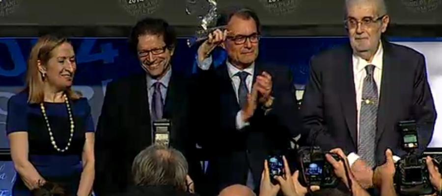 El mexicano Jorge Zepeda, ganador del Premio Planeta 2014