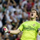 Iker Casillas, exultante tras un gol del Real Madrid en el clásico ante el Barça