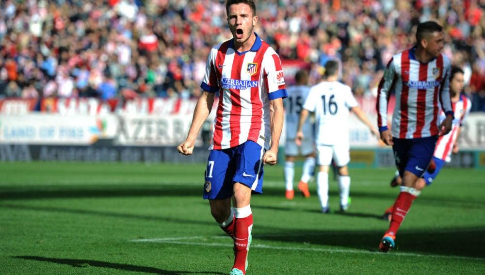Saúl celebra el primer gol del Atlético