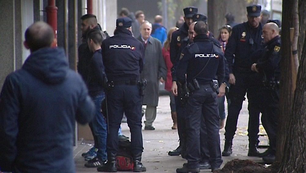 Ascienden a 24 los detenidos tras la reyerta en el Vicente Calderón