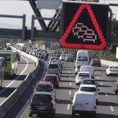 Atasco en la Autovía A-6 carretera de La Coruña.