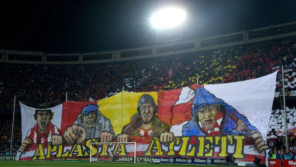 Grada del Vicente Calderón donde se ubica el Frente Atlético