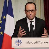 Comparecencia del presidente galo François Hollande tras el atentado