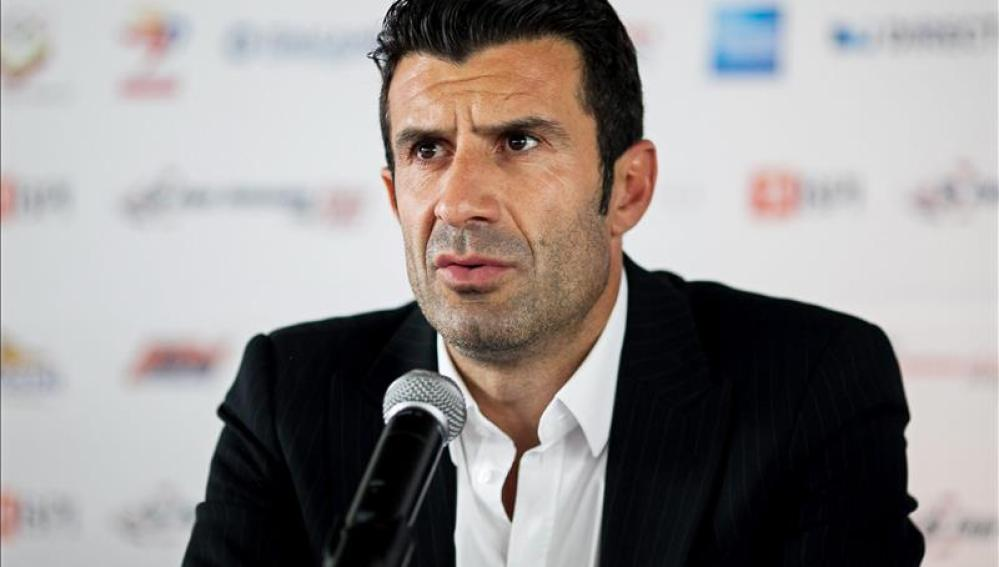 Luis Figo, candidato a la presidencia de la FIFA