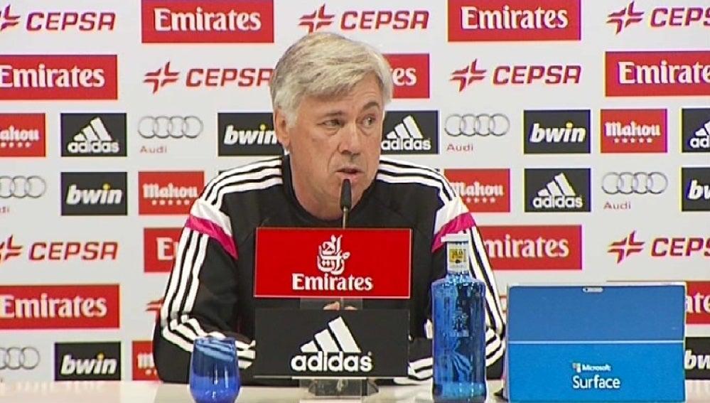 Carlo Ancelotti en sala de prensa