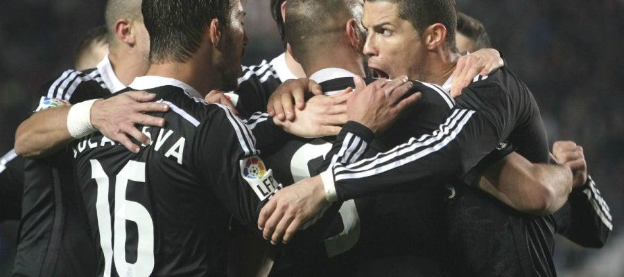 El Real Madrid celebra un gol de Cristiano
