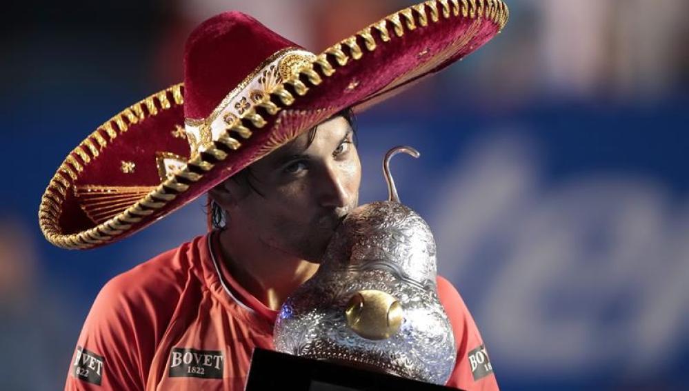 Ferrer gana en Acapulco
