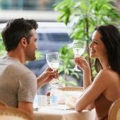 Las 10 mentiras que más dicen las mujeres en una primera cita