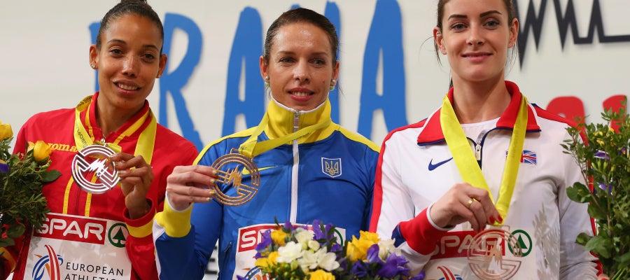 Indira Terrero medalla de plata en los europeos en pista cubierta de Praga