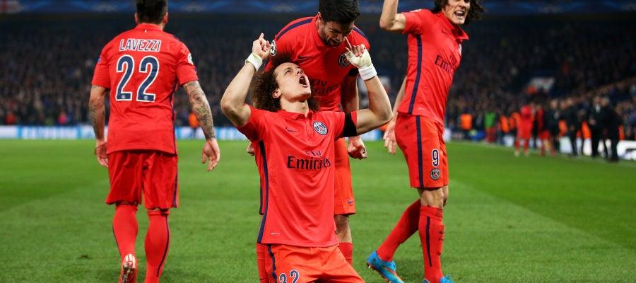 David Luiz celebra su gol