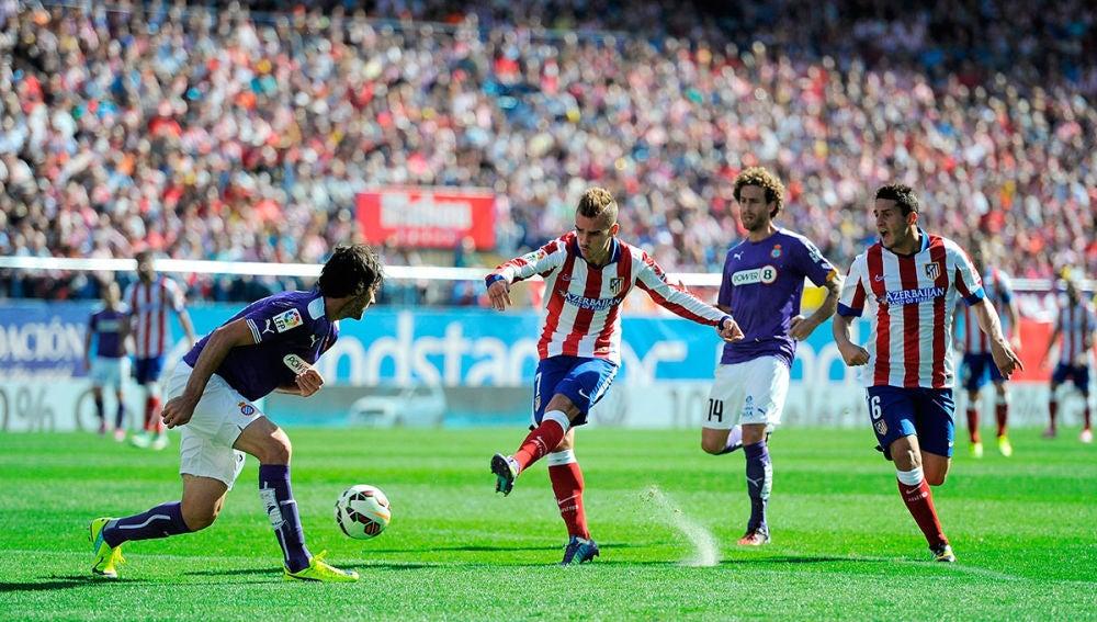 Griezmann dispara a puerta ante el Espanyol