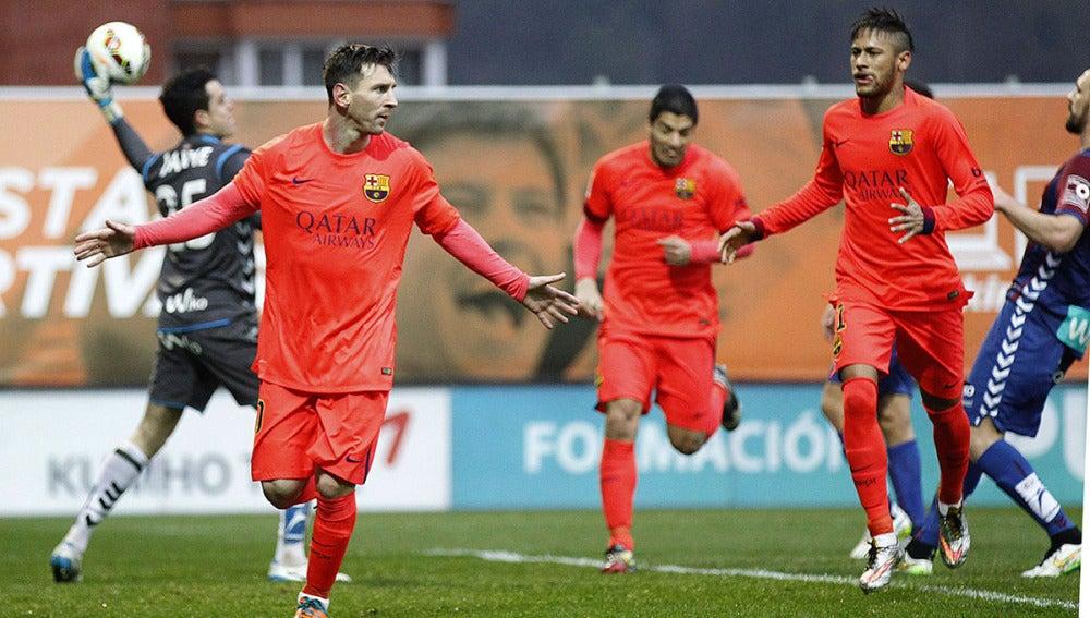 Messi celebra su primer gol ante el Eibar