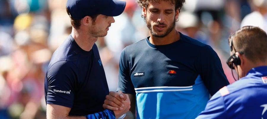 Andy Murray y Feliciano López se saludan tras el partido en Indian Wells