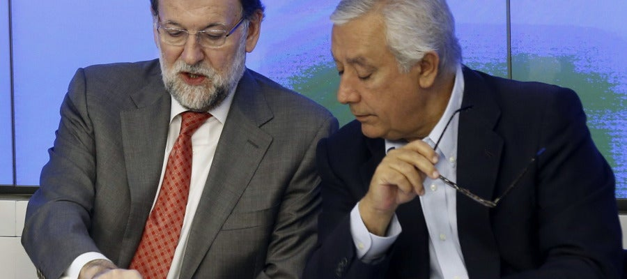 Mariano Rajoy y Javier Arenas en el Comité Ejecutivo Nacional del PP