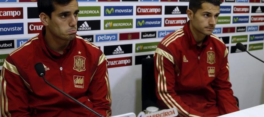 Juanmi y Vitolo en rueda de prensa